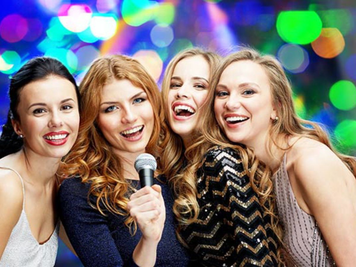 Karaoke Pods & Drinks Hen Party