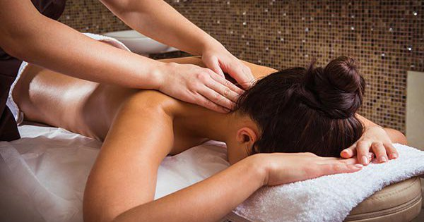 Learn to Massage Hen Party Essex