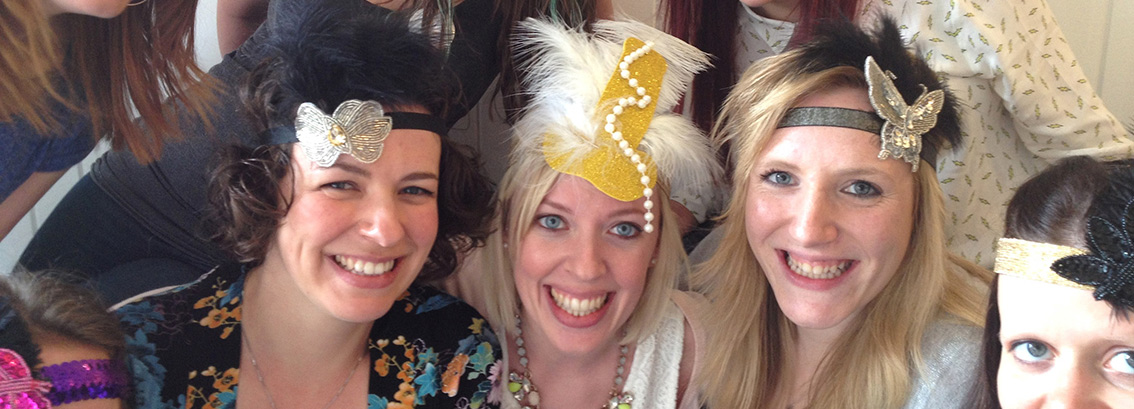 Mobile 1920's Flapper Headband & Cocktail Making Hen Party