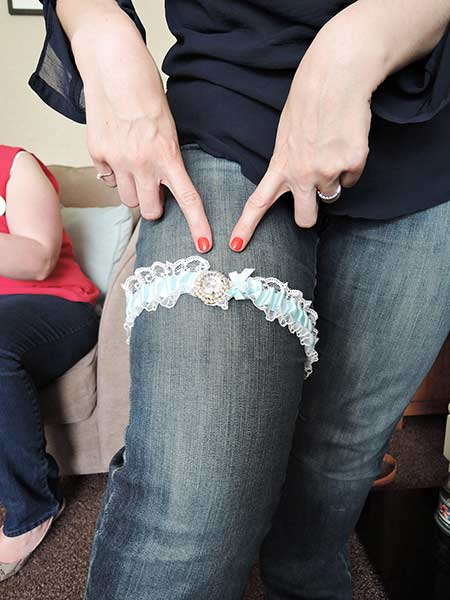 Mobile Garter Making Craft Hen Party