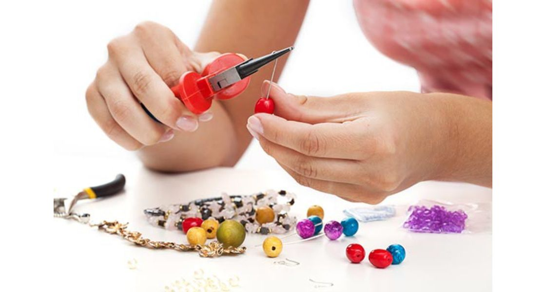 Mobile Jewellery Making Hen Party Leicester