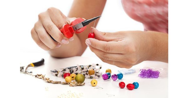 Mobile Jewellery Making Hen Party Swansea