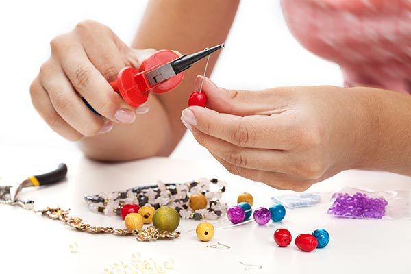 Mobile Jewellery Making Hen Party