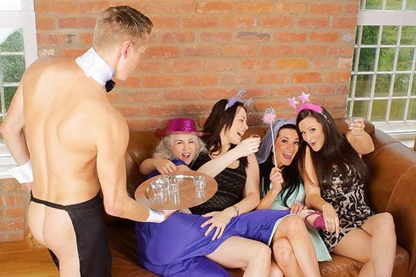 Naked Butlers Hen Party Bath