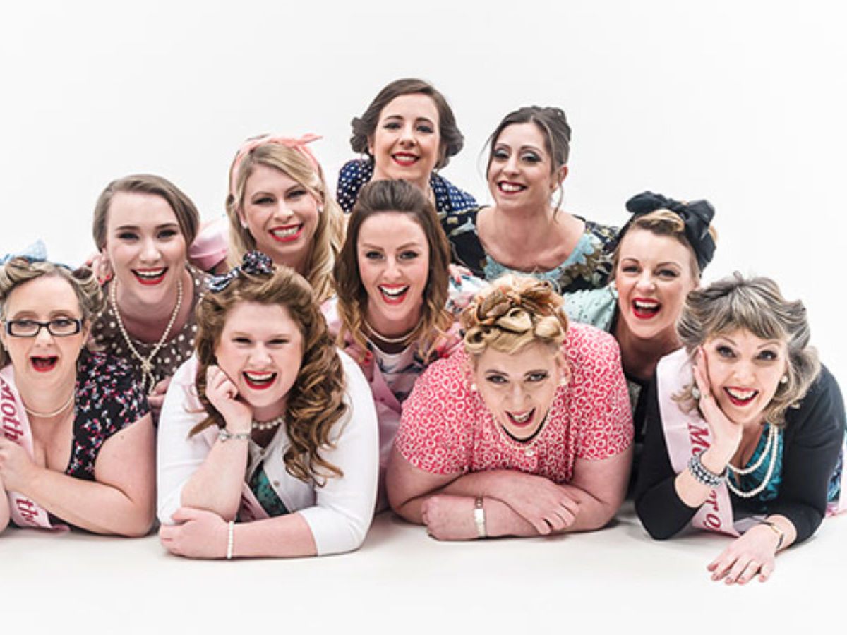 Hen Party Vintage Photoshoot & Makeover