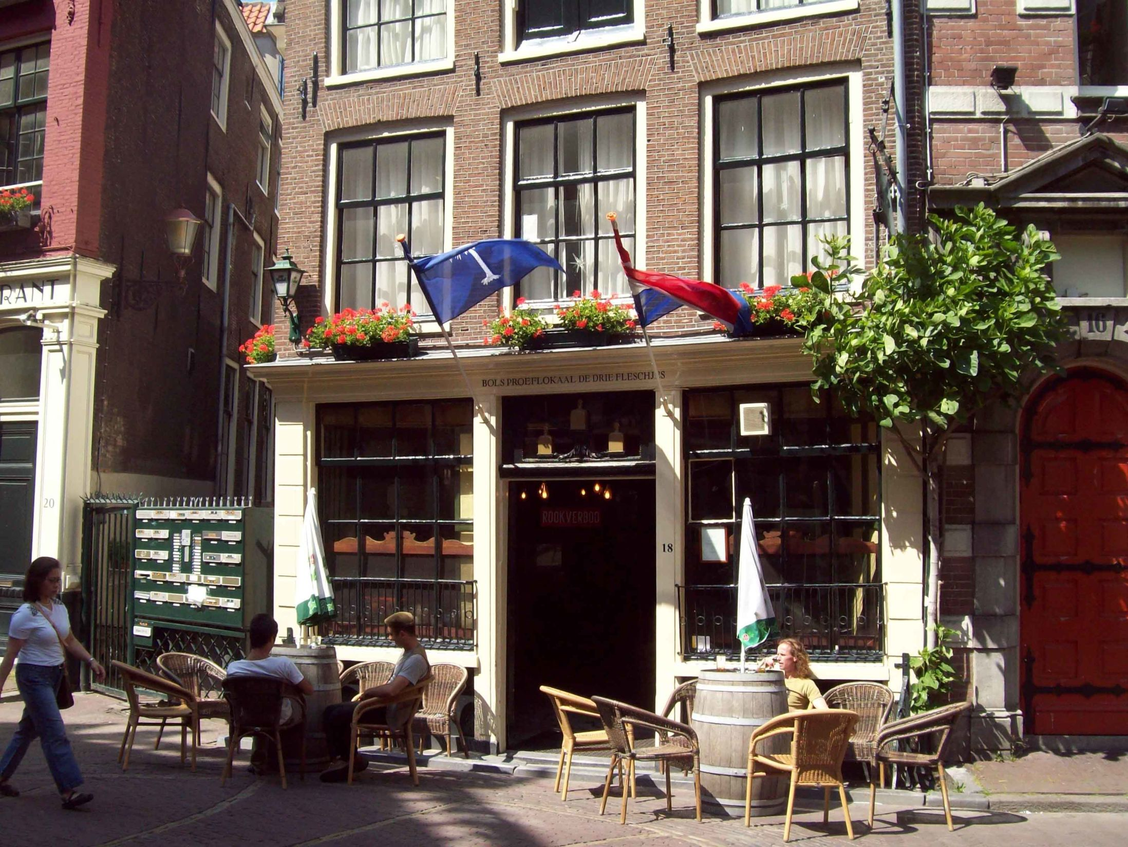 Best Bars in Amsterdam - De Drie Fleshjes