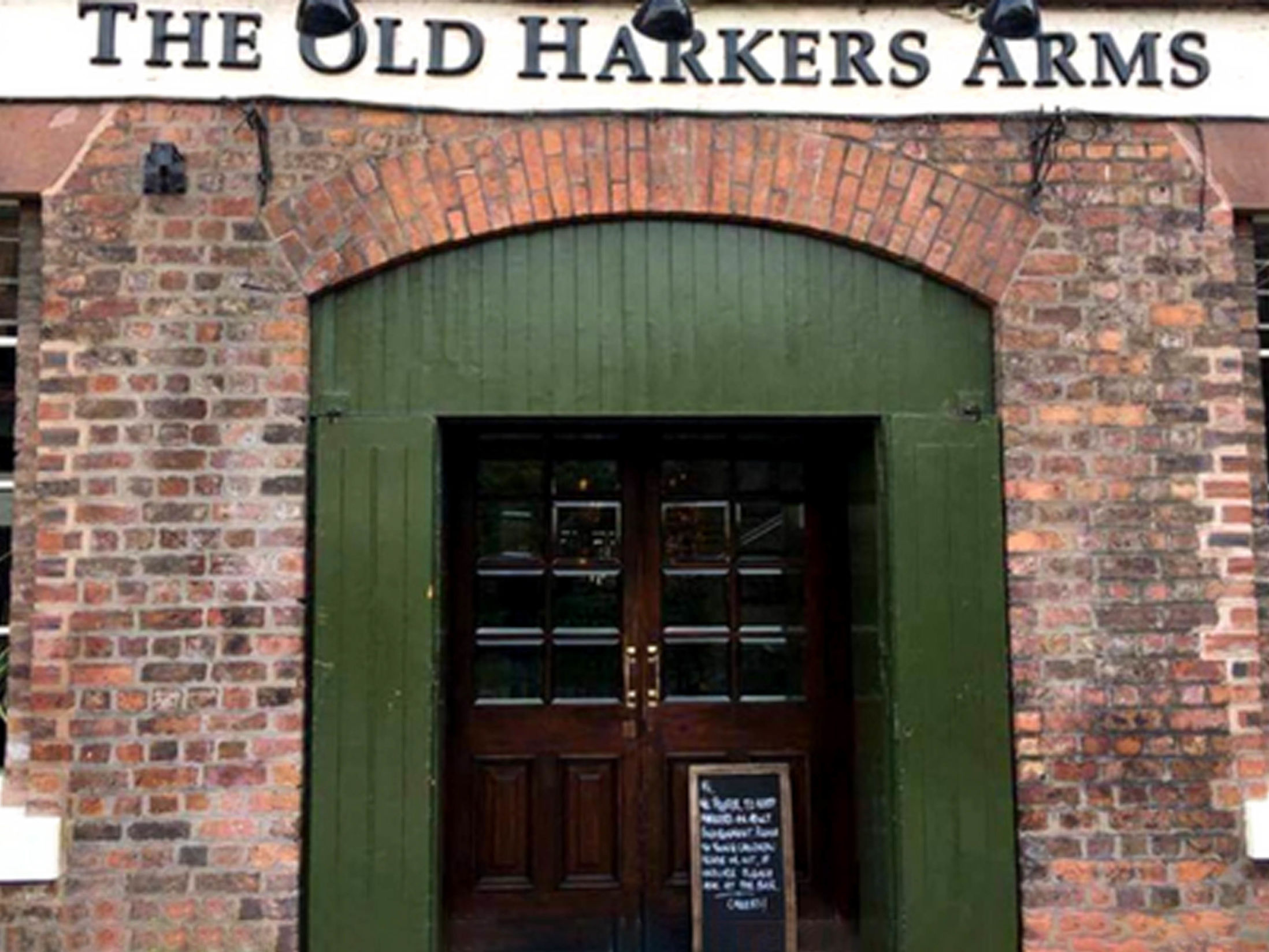 The Old Harkers Arms - Best Bars in Chester