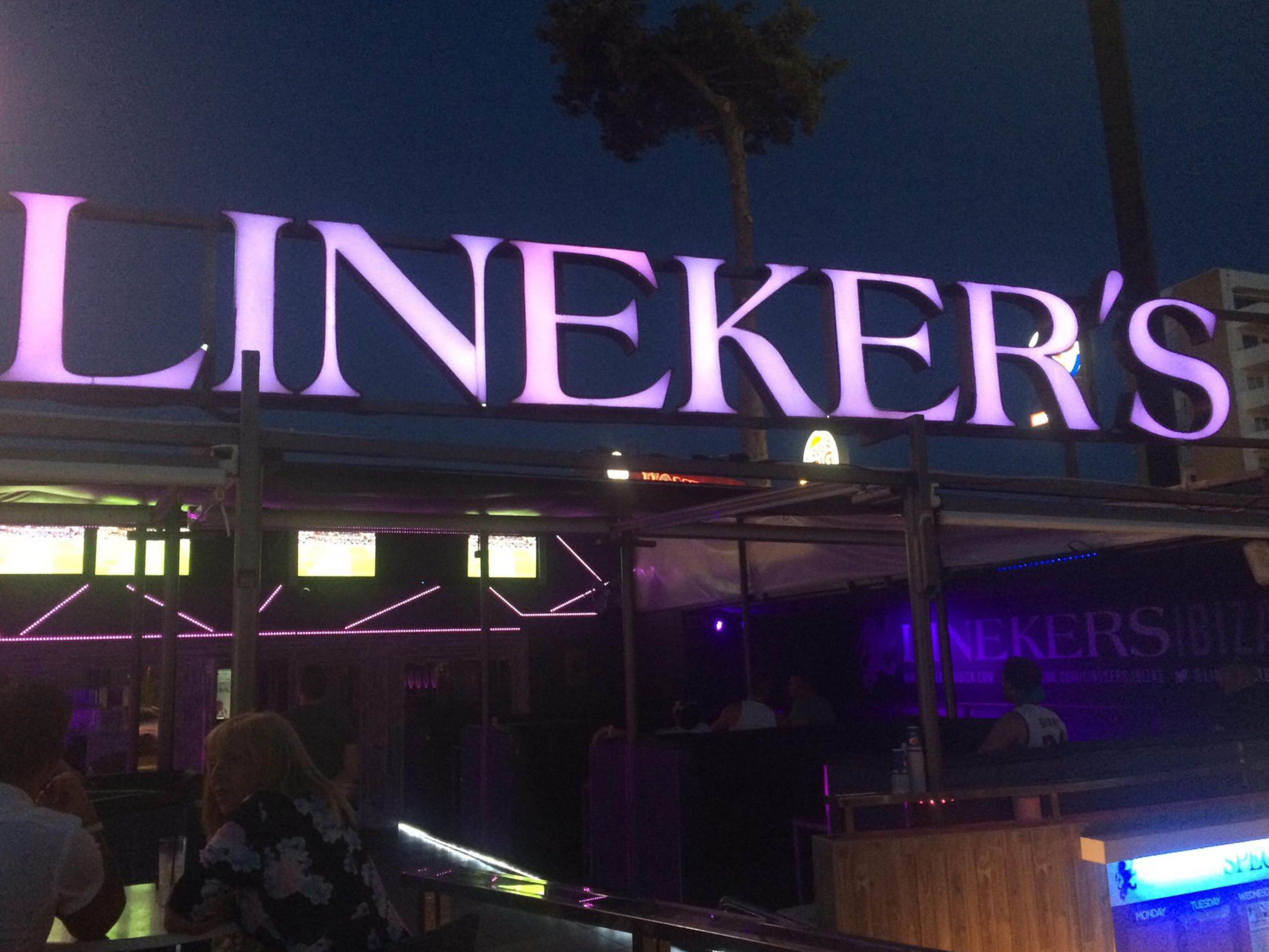 Best Bars in Ibiza - Linekers