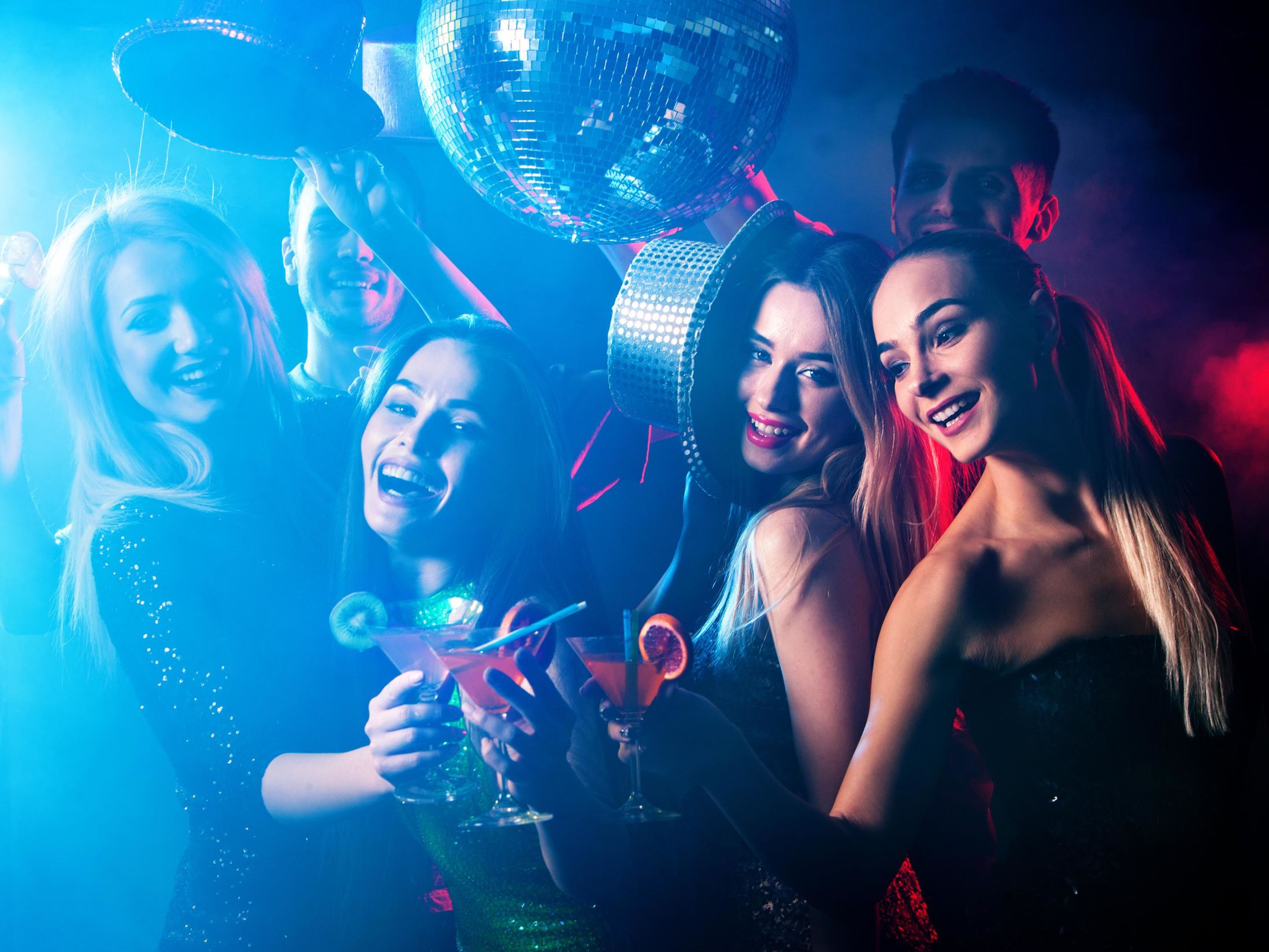 Best Clubs in Lisbon - Radio-Hotel