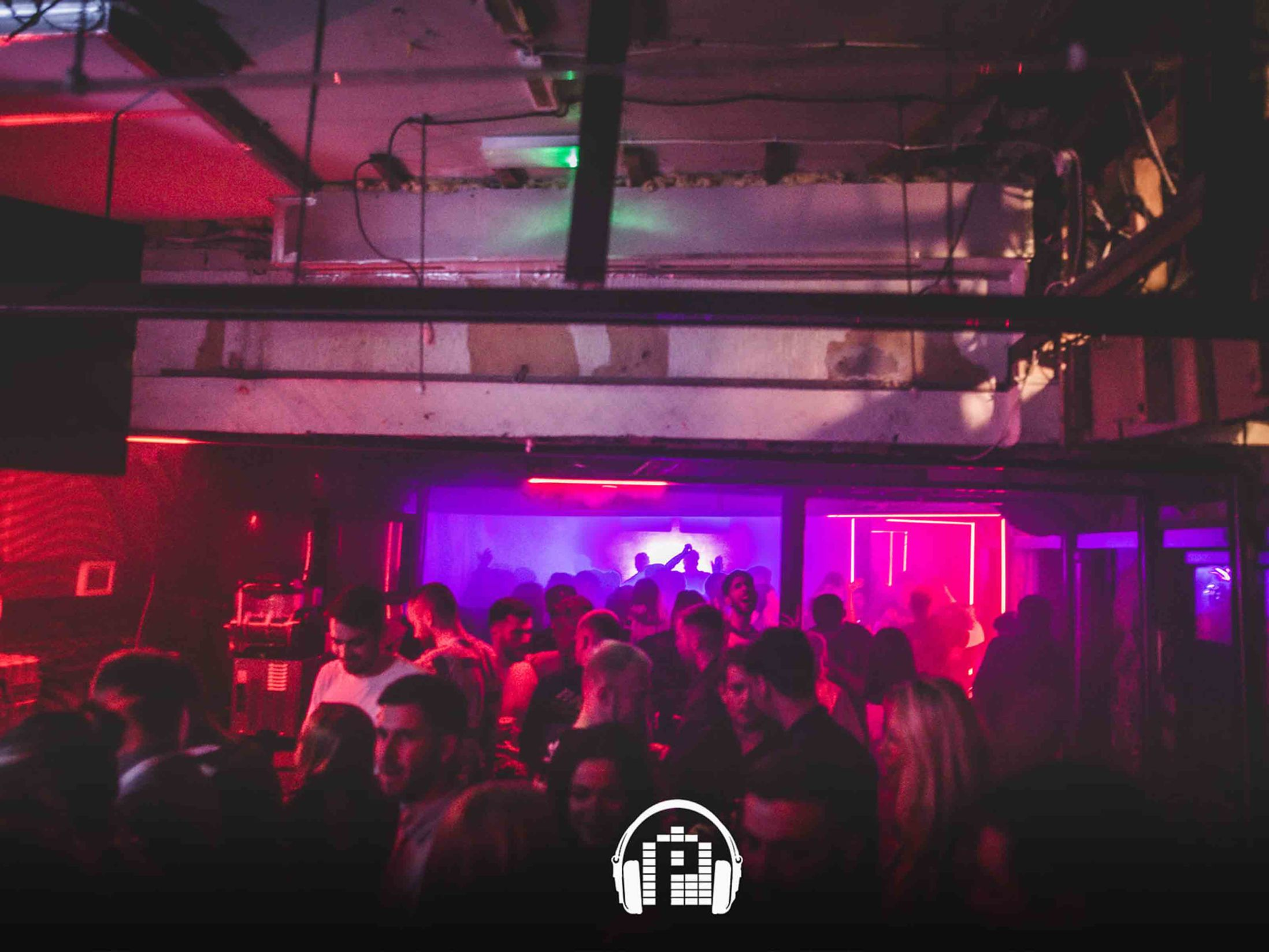 Best Clubs in Newcastle - Tup Tup Palace
