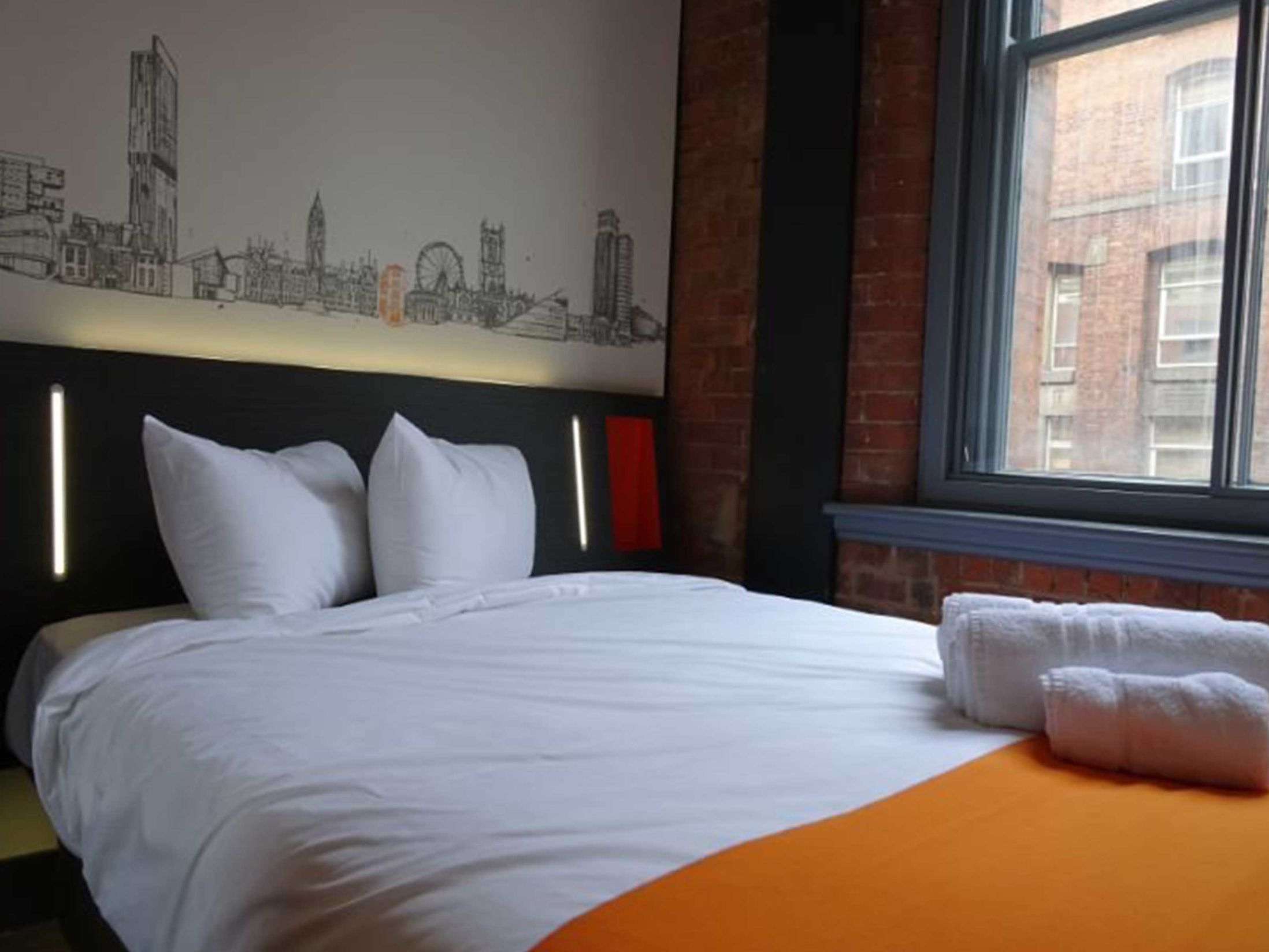 Easy Hotel - Best Hotels in Manchester