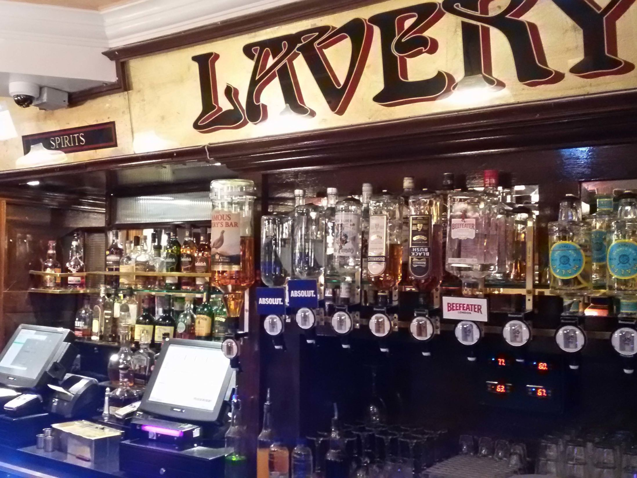 Best Pubs in Belfast - Lavery's