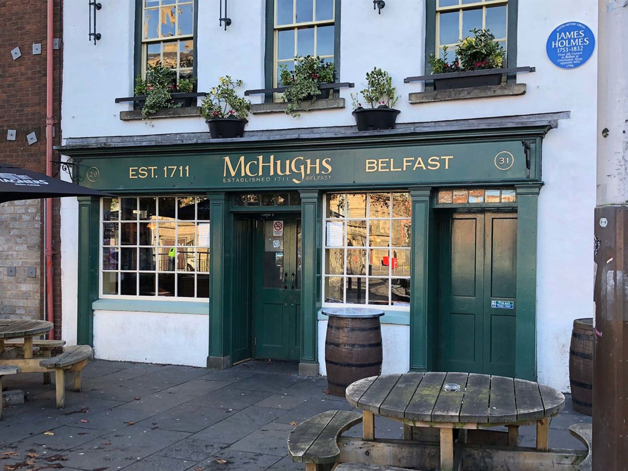 Best Pubs in Belfast - McHugh's Bar