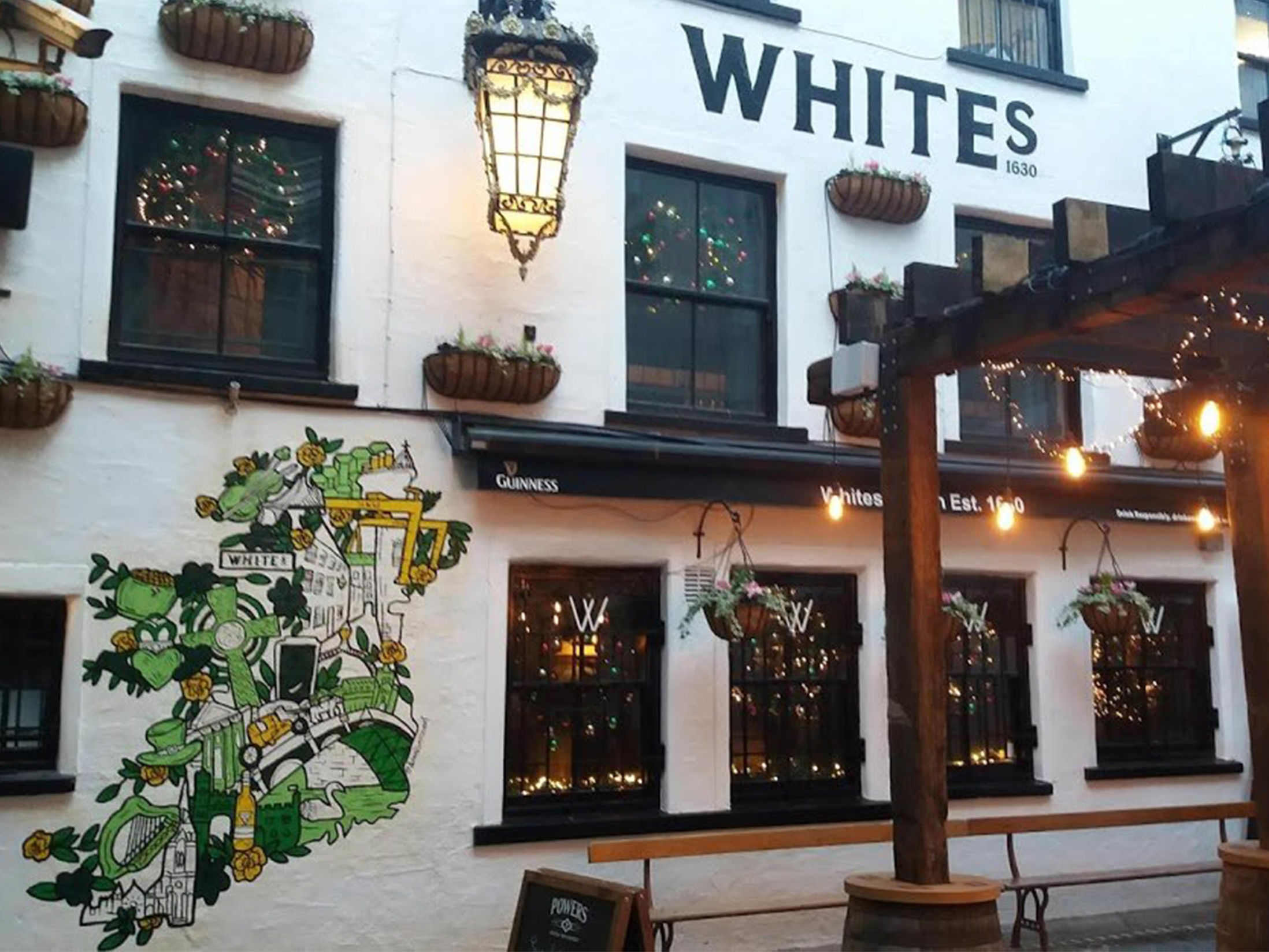 Best Pubs in Belfast - White's Tavern