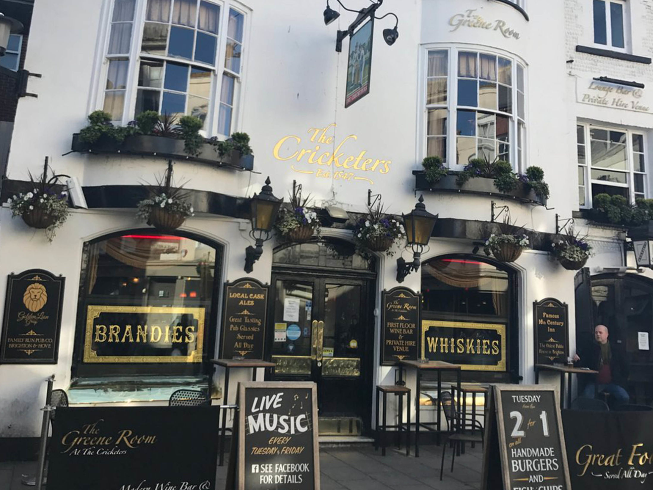 Best Pubs in Brighton - The Cricketers