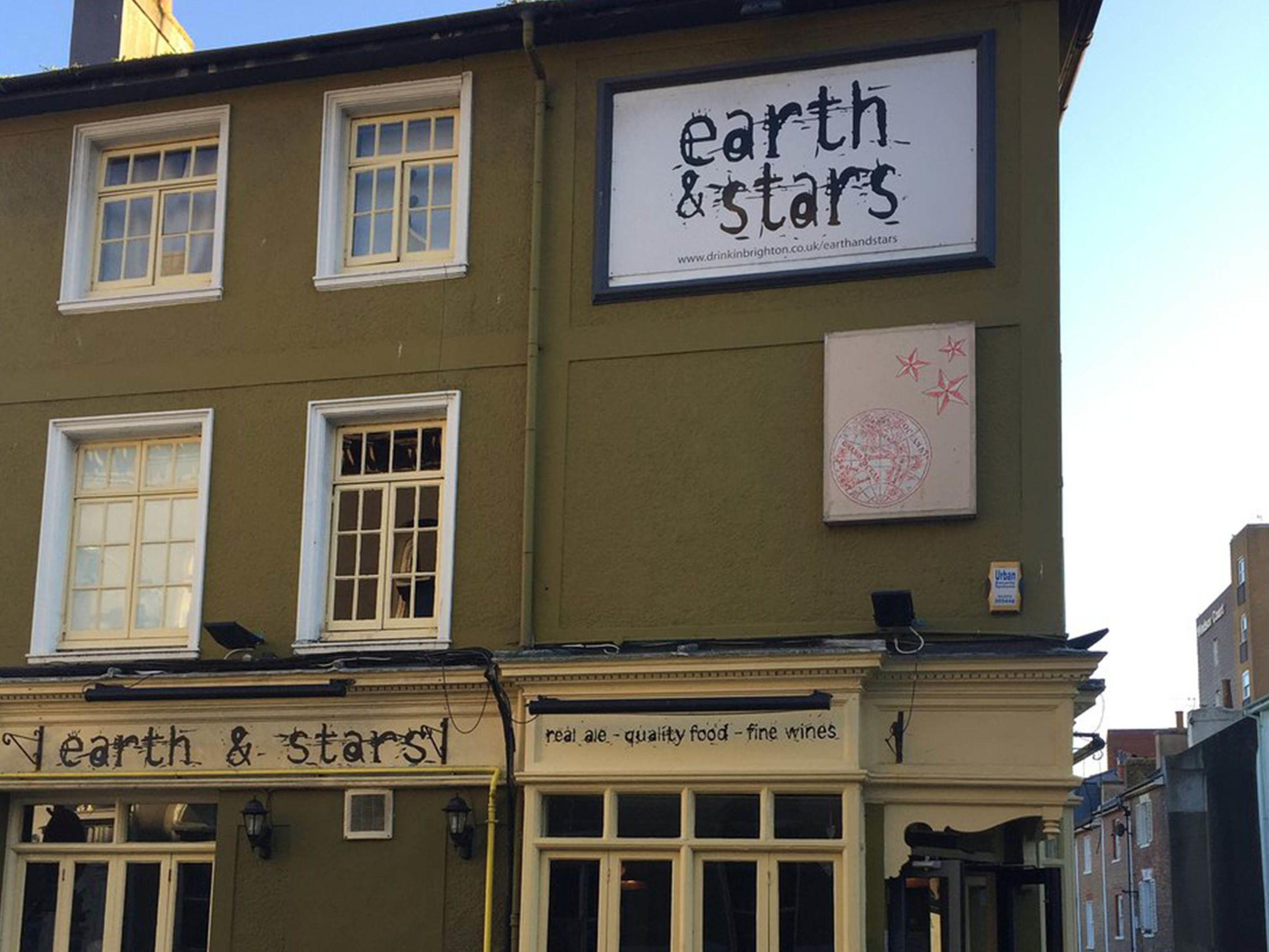 Best Pubs in Brighton - The Earth & Stars