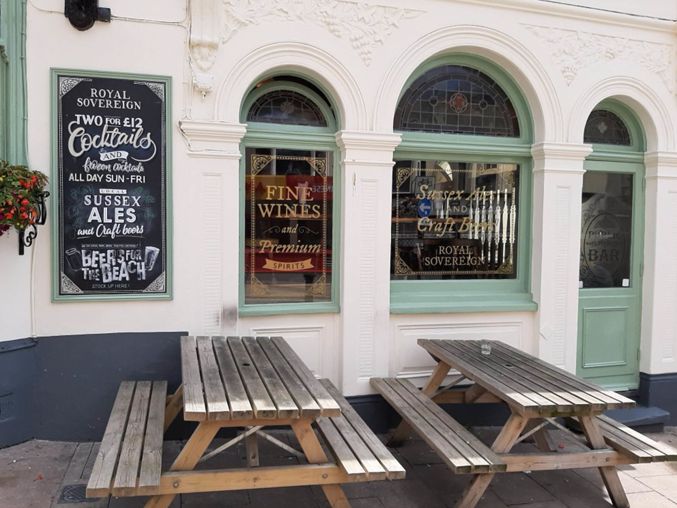 Best Pubs in Brighton - The Royal Sovereign