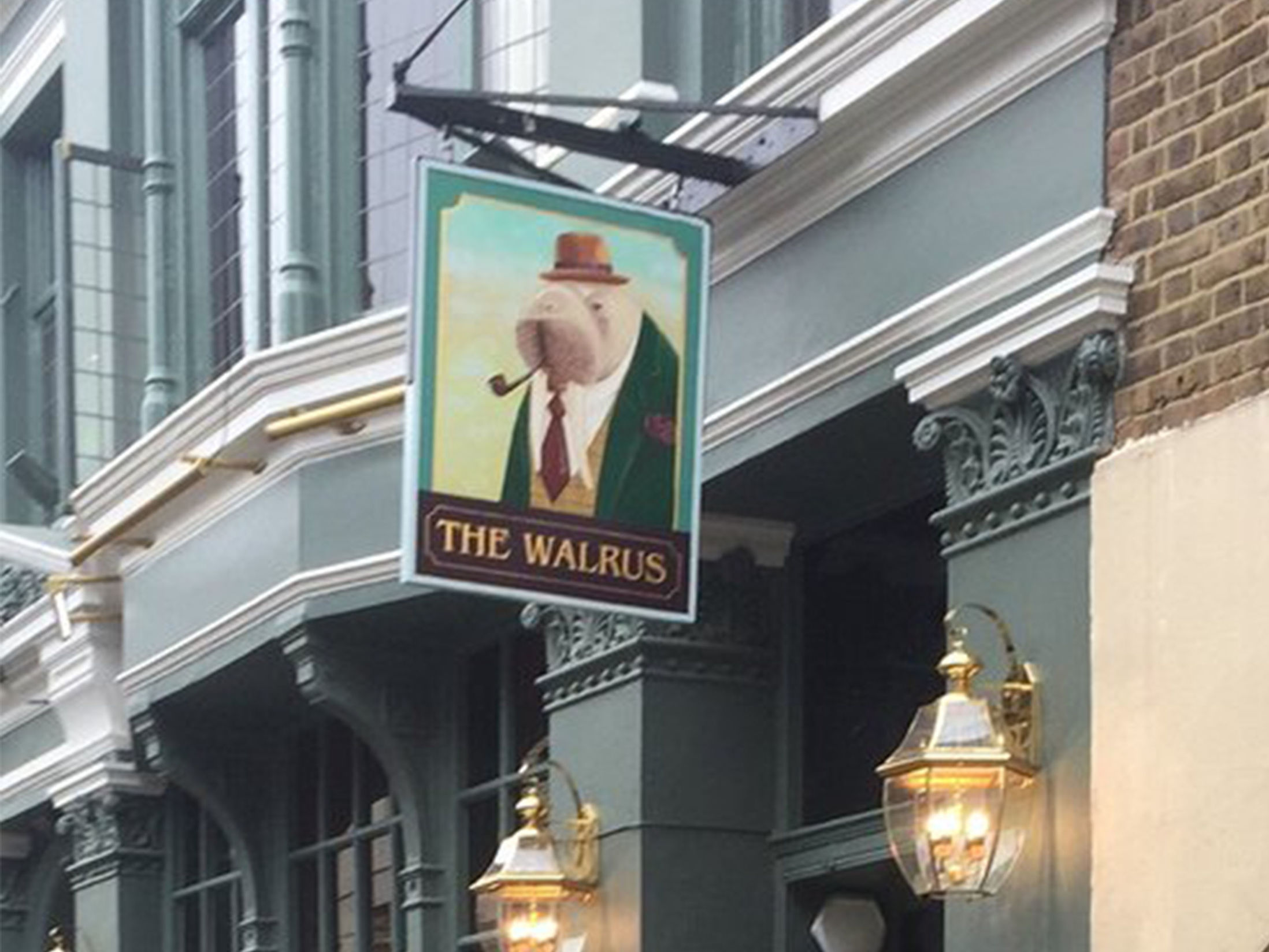 Best Pubs in Brighton - The Walrus