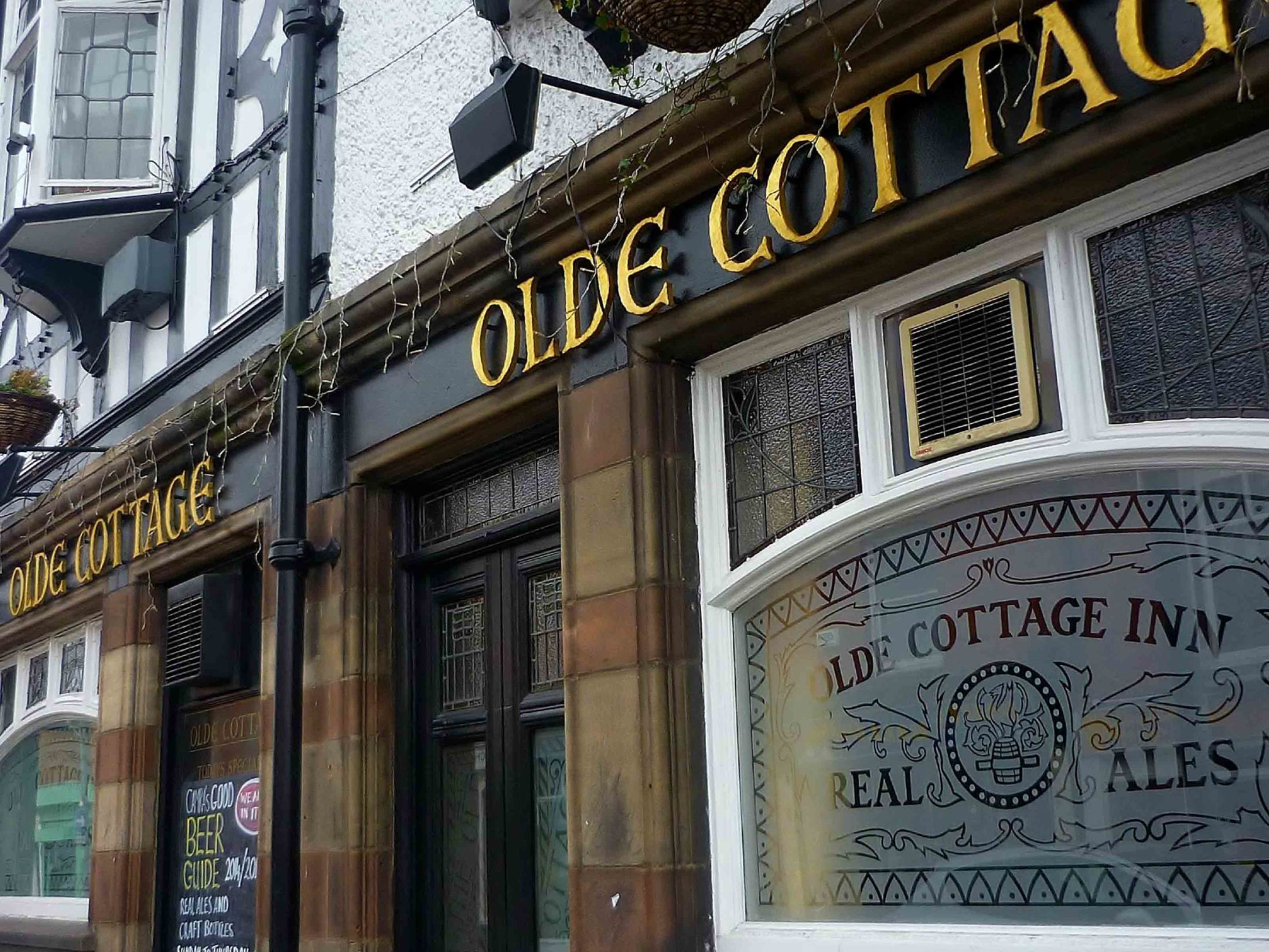 Olde Cottage - Real Ale Pubs in Chester
