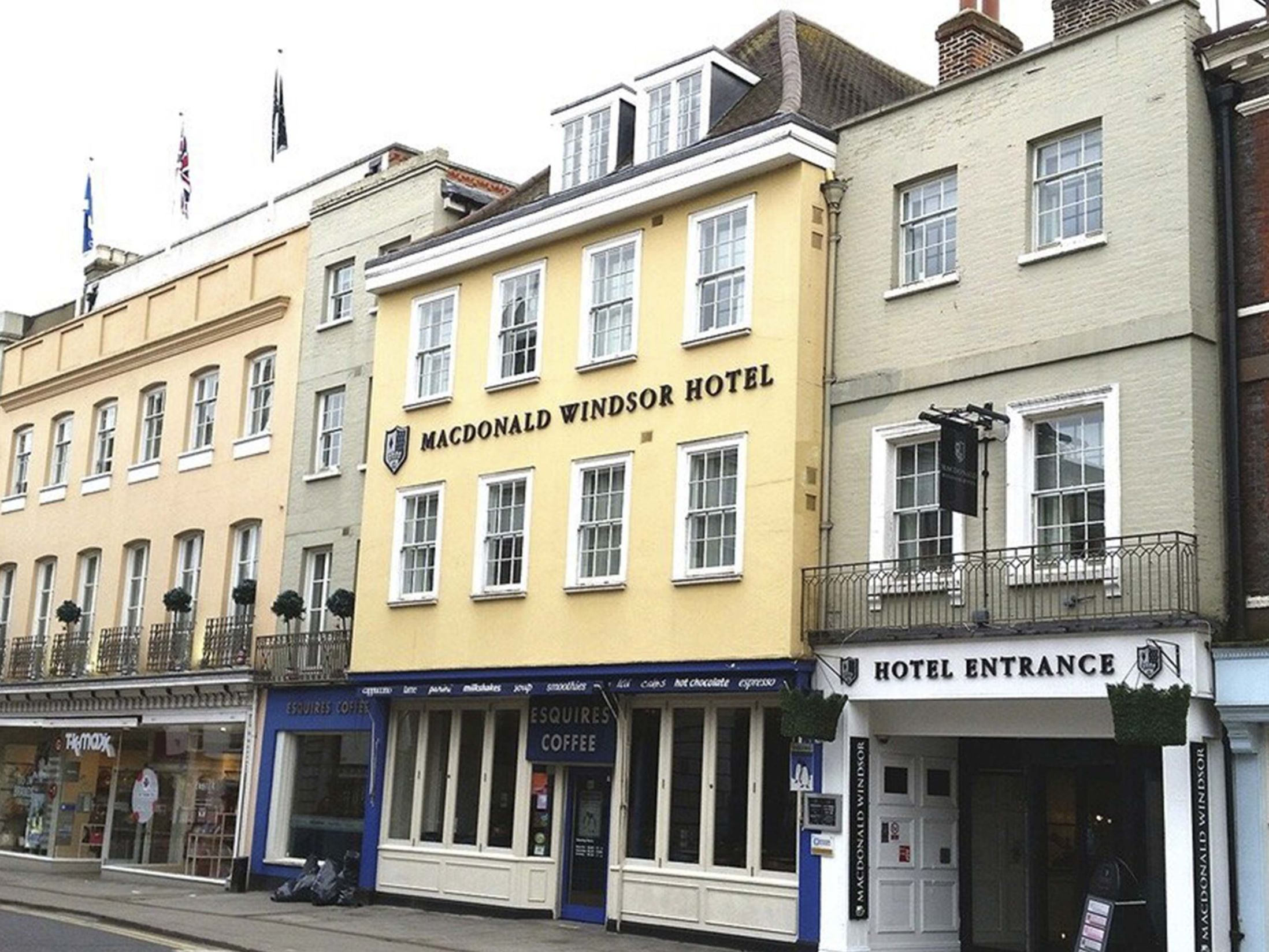 Cheap Hotels in Windsor - MacDonald Windsor Hotel