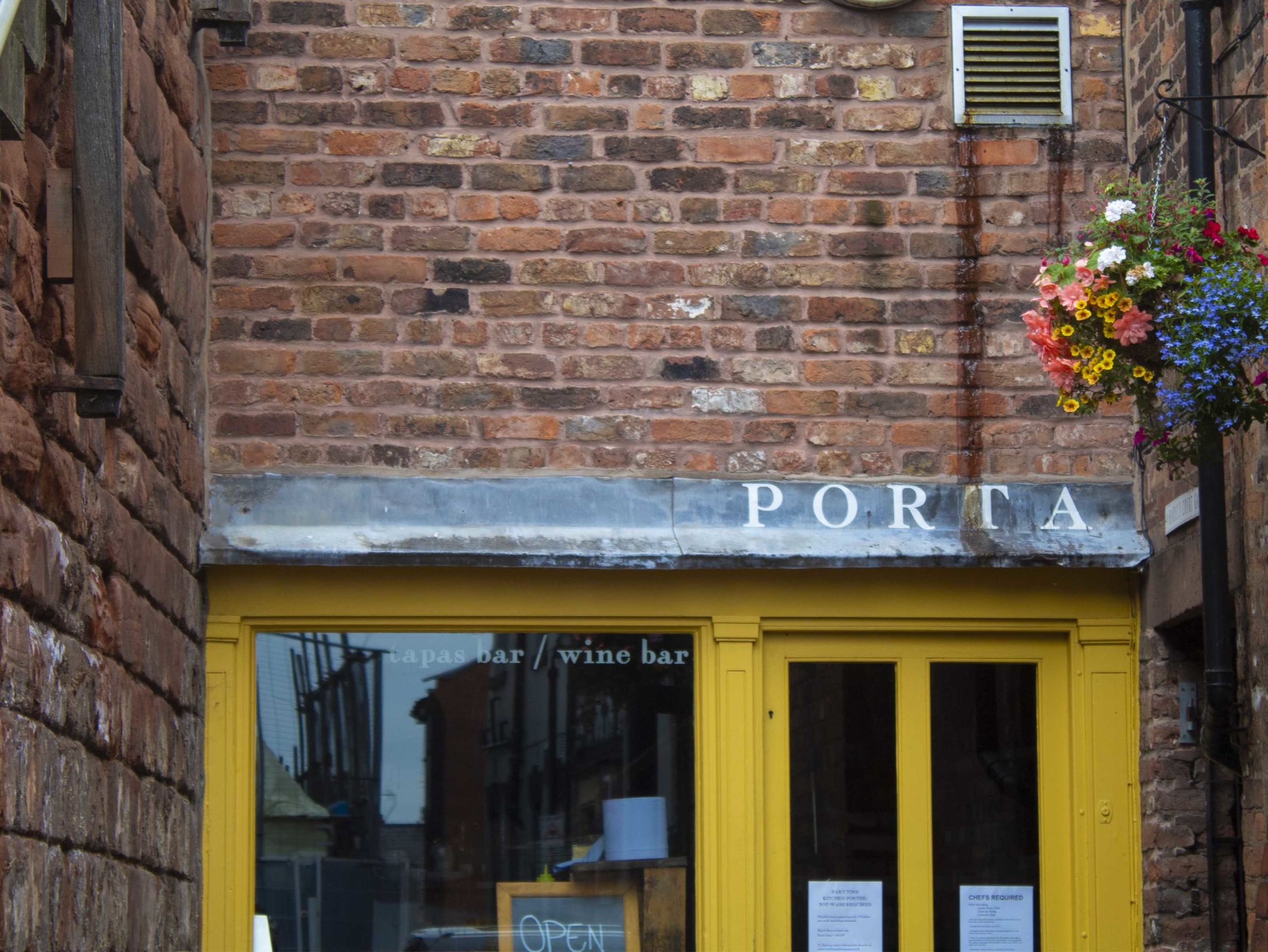Porta Wine Bar - Best Bars in Chester