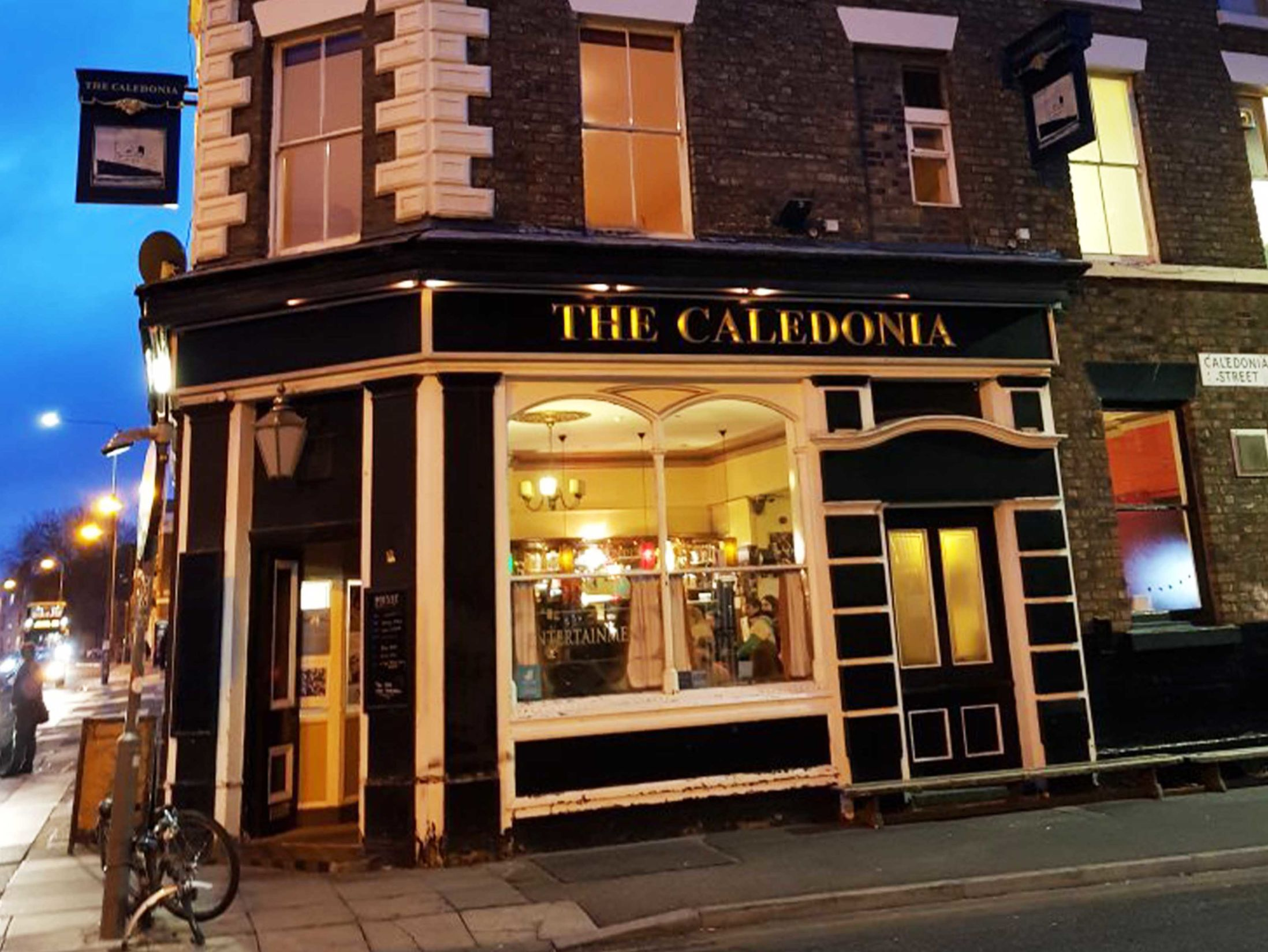 The 13 Best Pubs in Liverpool - The Caledonia
