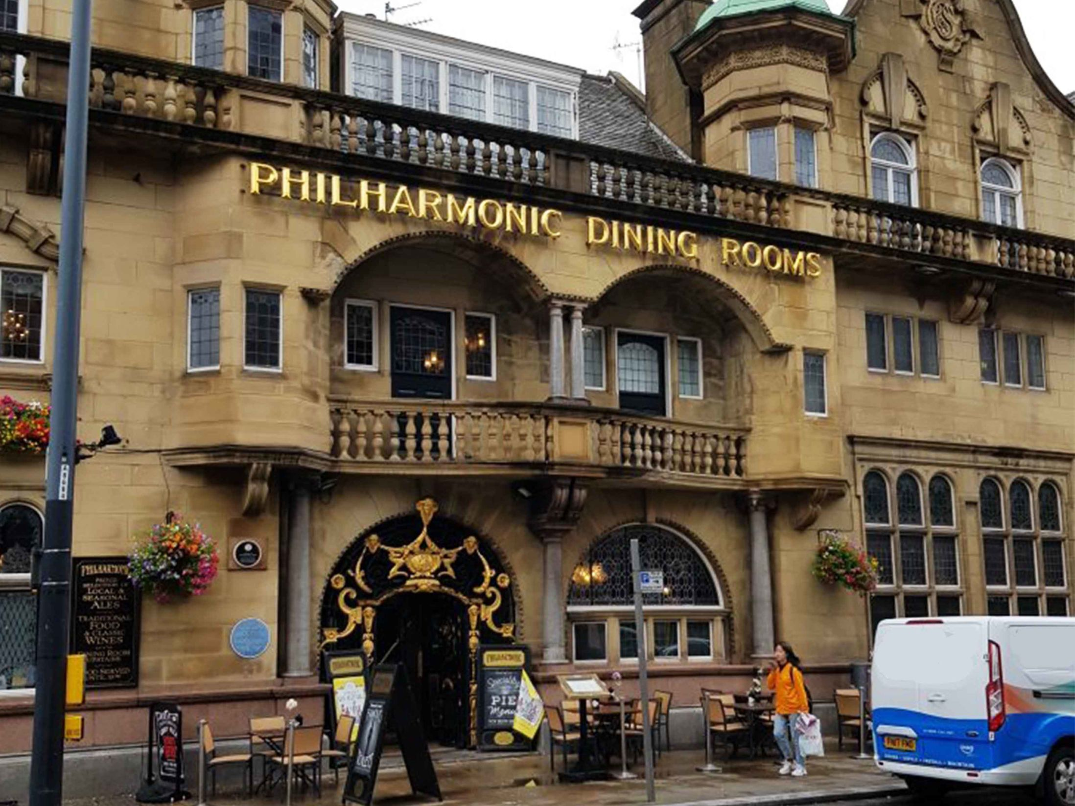 The 13 Best Pubs in Liverpool - The Philharmonic