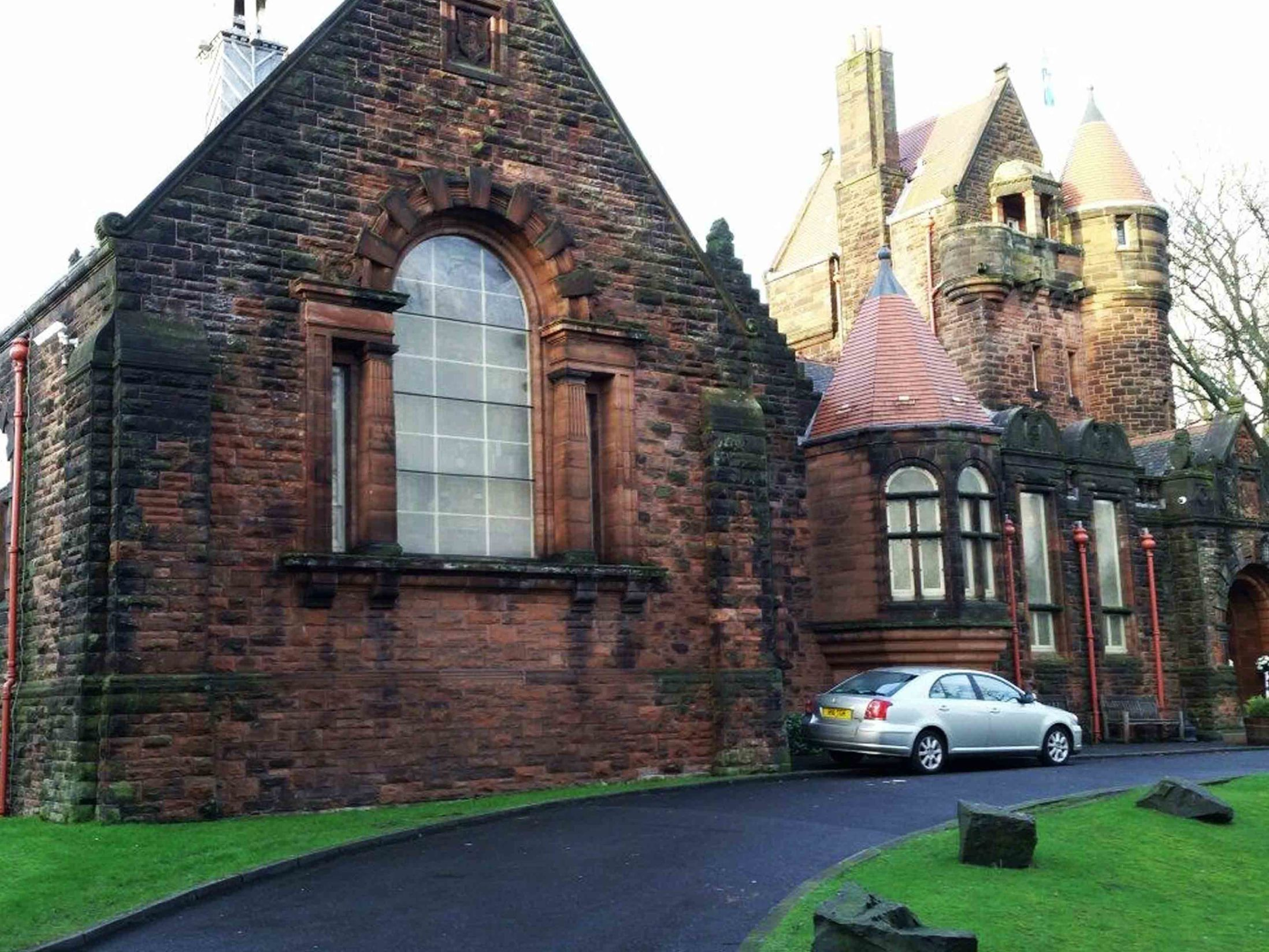 Venues in Glasgow for Team Away Days - Pollokshields Burgh Hall