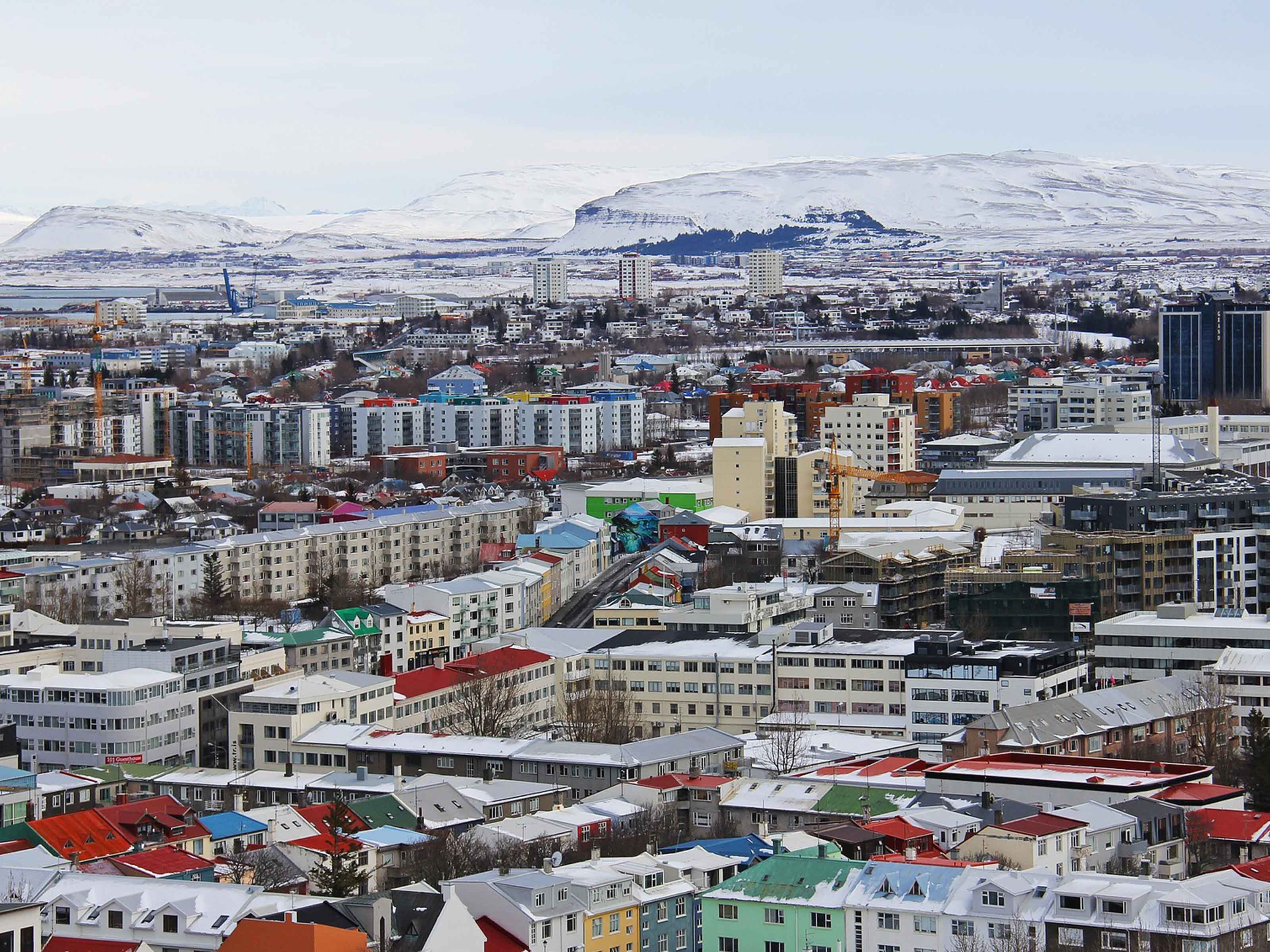 Winter Wedding Guide - Reykjavik