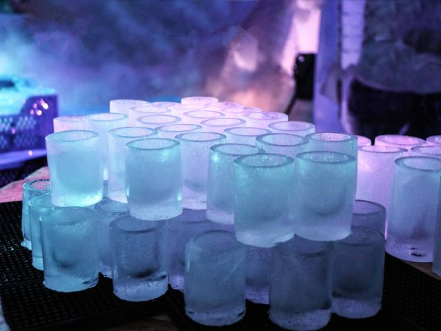 Guided Bar Crawl & Ice Bar