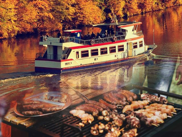 River Boat Tour & BBQ