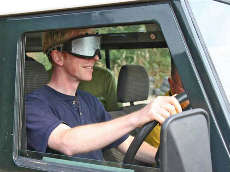 Blindfold 4x4 Driving Activity