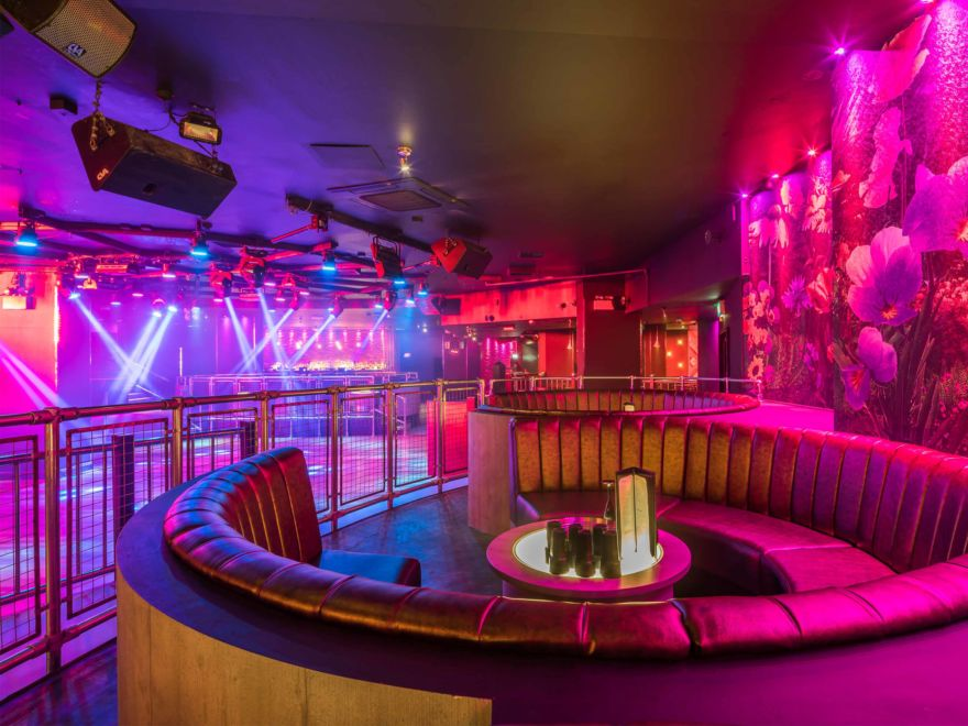 Cameo Nightclub Entry & Booths