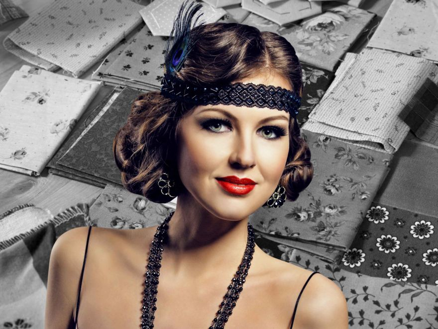 Mobile 1920s Flapper Headband Making