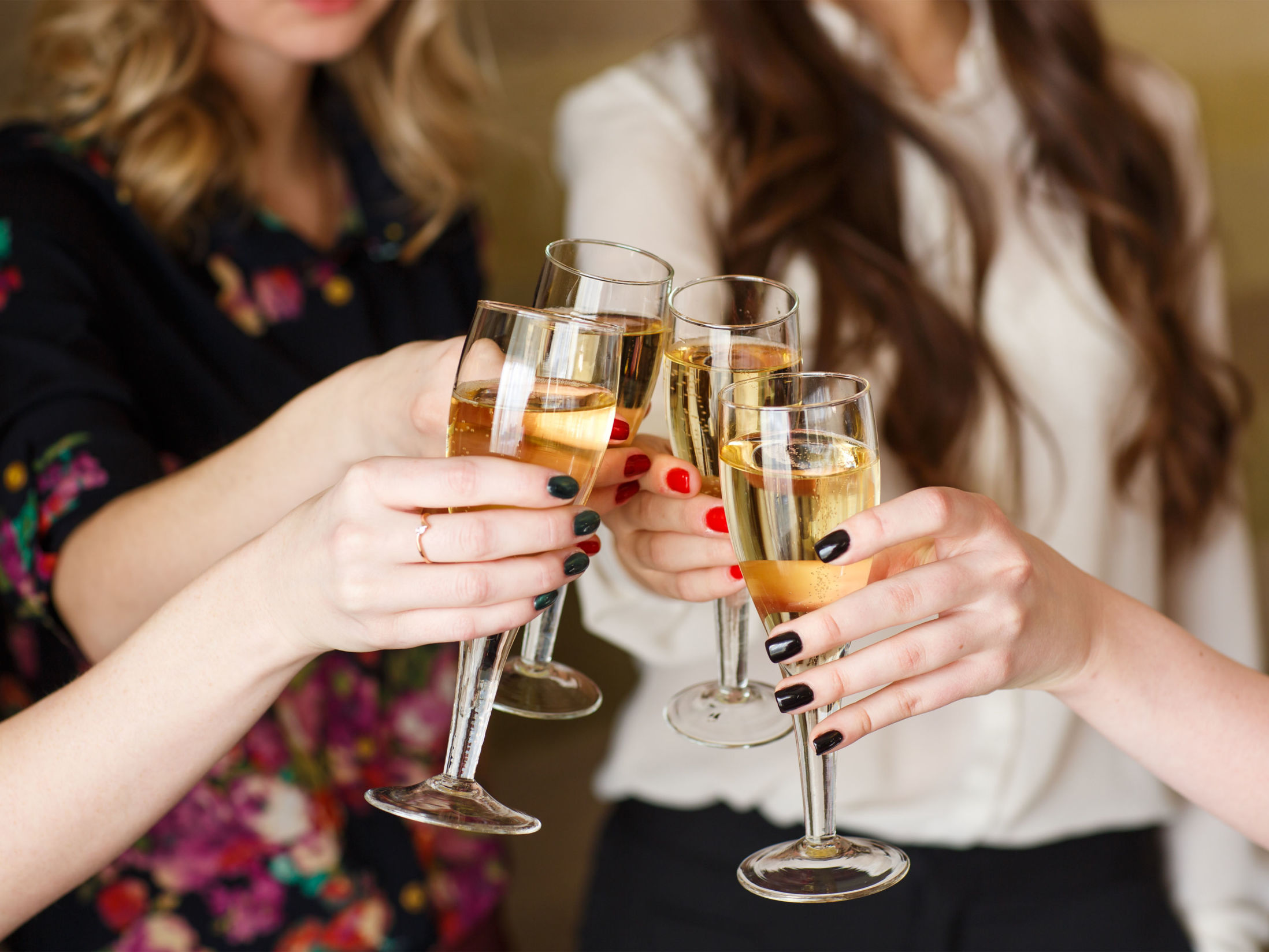 Hen Party Ideas for Older Brides - Mobile Prosecco Tasting