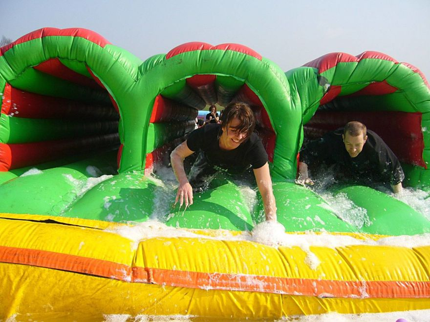 It's a Knockout Team Building Bath