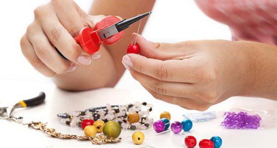 Mobile Jewellery Making Team Building York